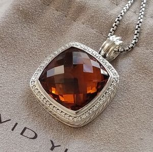 DY Albion 20×20mm Red Garnet Pendant Necklace